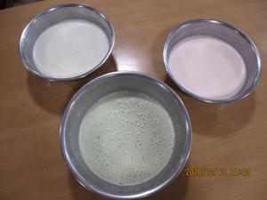 3色牛乳プリン用写真2.JPG